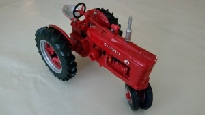 I like all colors of tractors.